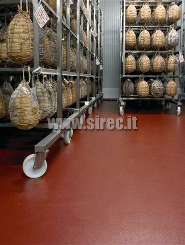 Pavimento in resina stagionatura salumi » Pavimenti in resina per industria lavorazione carni