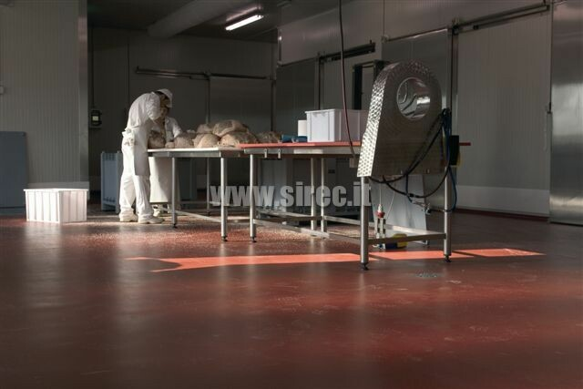 Floor mortar resins for processing meat and easy to clean