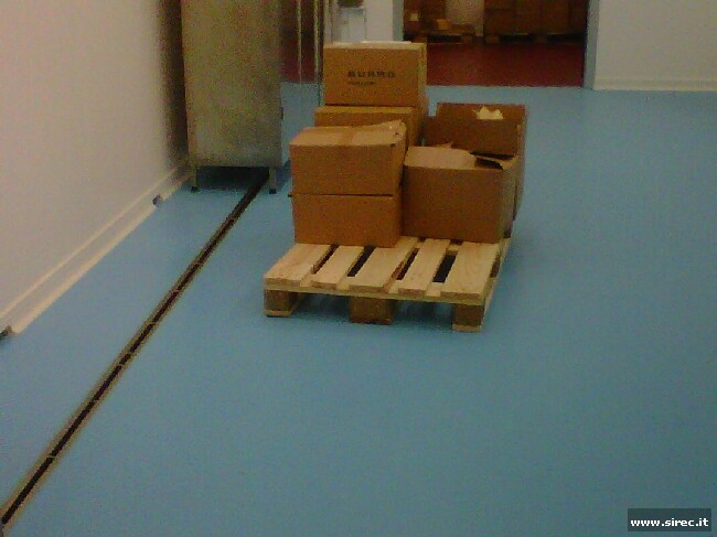 Pavimento in resina epossidica - confezionamento burro -