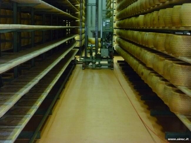 Massetto epossidica per rettifica ondulazioni magazzino formaggi