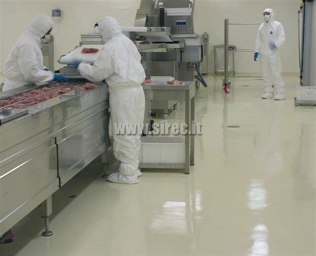 cleanroom floor for salami packaging