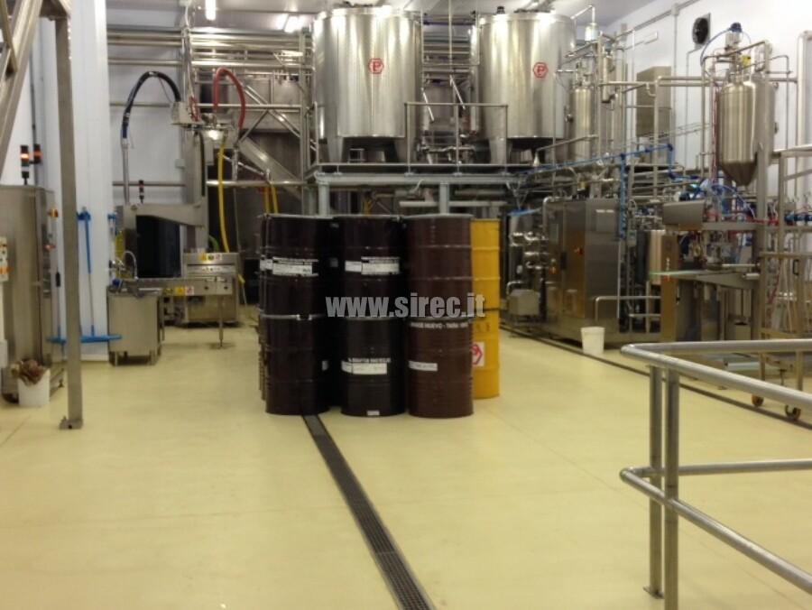 Pavimento in resina per Azienda produzione miele » Redazionale SIREC Aprile 2017
