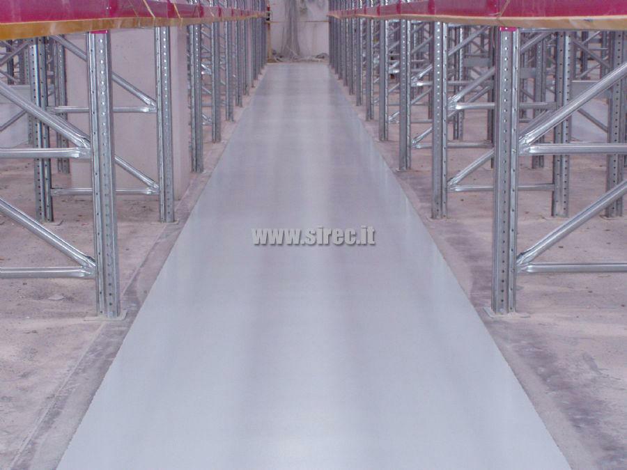 Pavimento corsie in resina epossidica a planarità controllata - DIN 15185